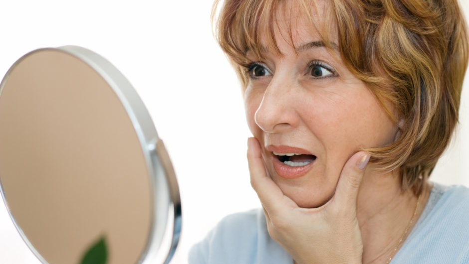 5 Tips To Reduce Signs Of Aging Around The Eyes