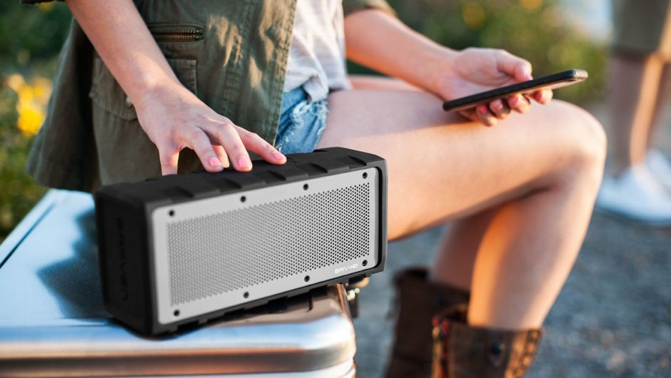 Tips To Consider When Looking For Waterproof Speakers For The Party